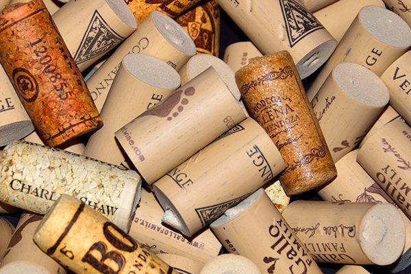 tappi sughero o silicone vino